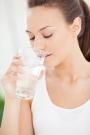 Beneficios de beber agua enayunas